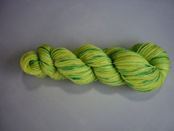 wattle sock yarn horizontal
