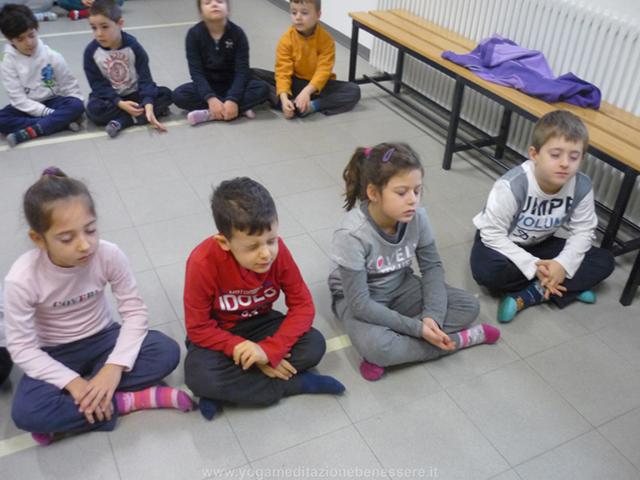 meditazione- di gruppo-bambini