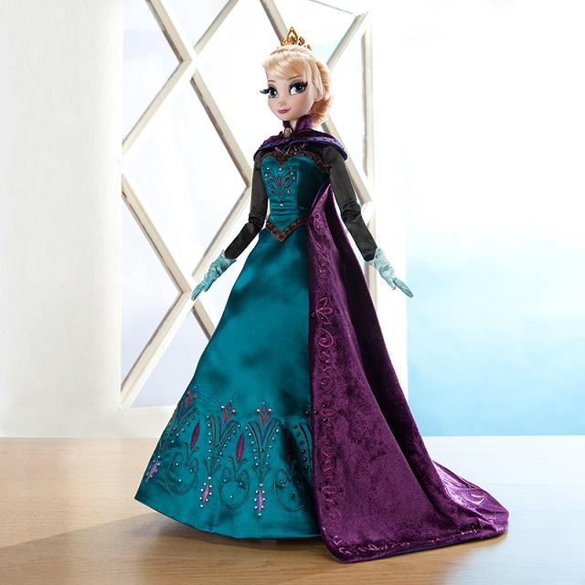 Frozen_Elsa_Bambola