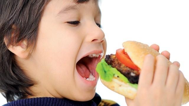 foto_bimbo_hamburger