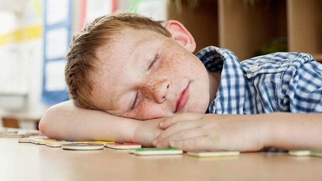 foto_stanchezza a scuola
