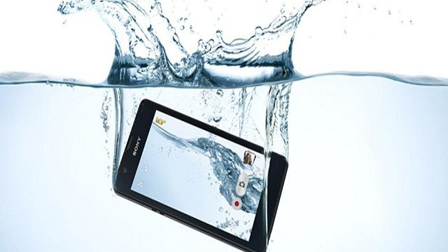 foto_smartphone_acqua