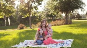 foto_mamma e due bambine piccole