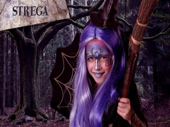 foto trucco da strega halloween con ragnatele