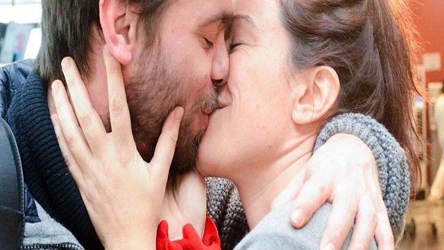 foto_bacio_coppia