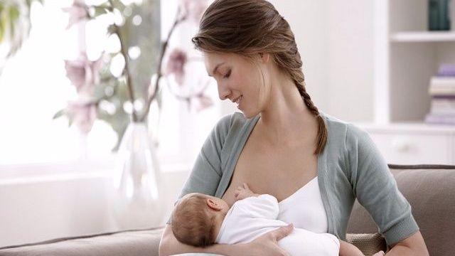 foto_allattamento_seno