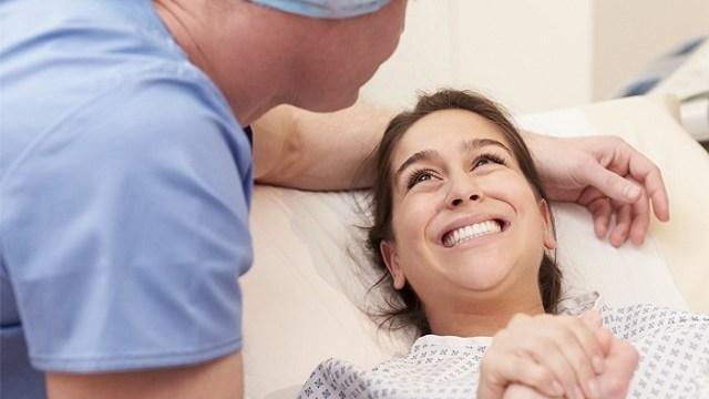 Perché eseguire un cesareo in una donna nata da cesareo?