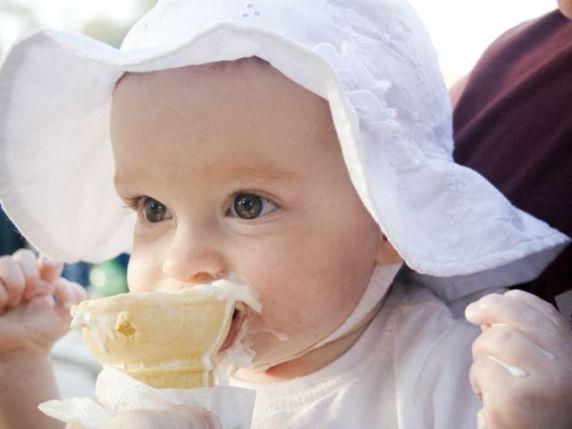 zucchero ai bambini fa male