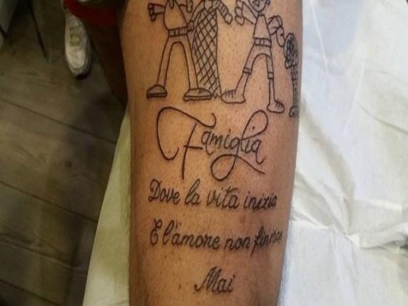 Tatuaggi per figli ecco i simboli e le frasi da tatuare for Tatuaggi dedicati ai figli frasi