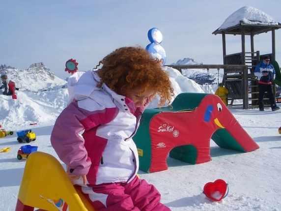 foto bambini sulla neve