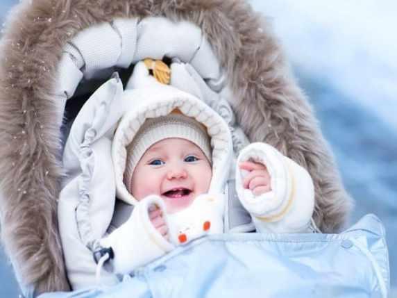 Foto coprire in modo esagerato il bambino