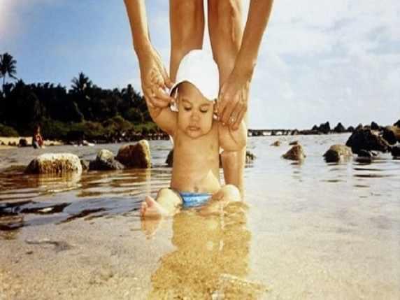 Bambini al mare: il bagnetto