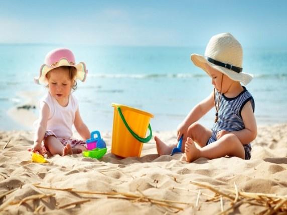Piccoli in spiaggia: che si fa?