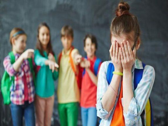 bambini rissa scuola