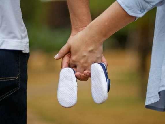 foto 19 settimana di gravidanza scarpette
