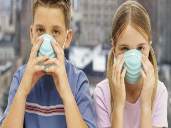 bambini con mascherine coronavirus