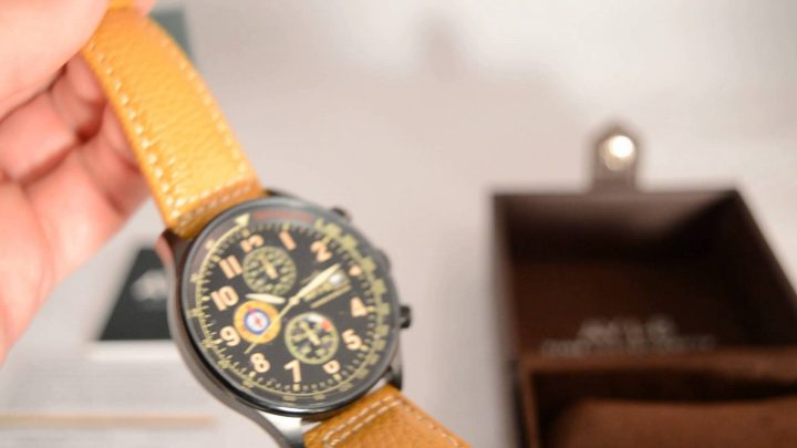 Orologio AVI-8 Hawker Hurricane AV-4011-06 Recensione