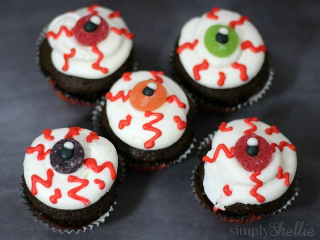 8 Brilliant Halloween Cupcake Ideas Your Kids Will Love