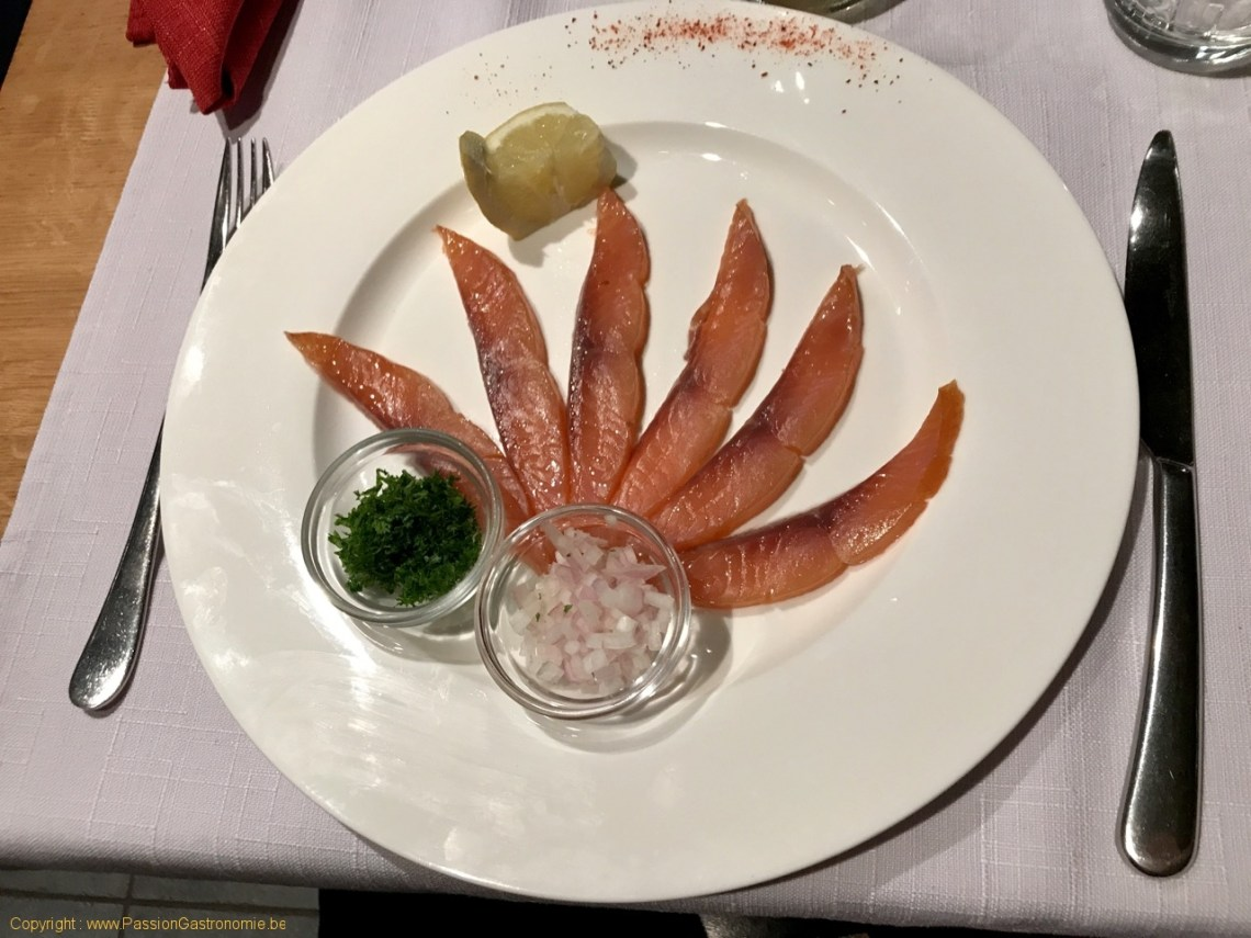 Restaurant La Malterie - Saumon fumé écossais (mon fils avait demandé sans les accompagnements)