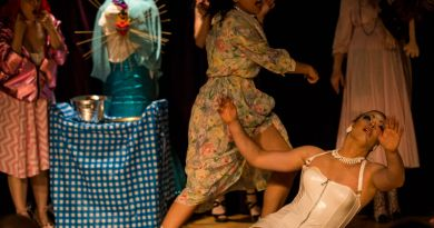 EN PHOTOS : Greasy: A Lesbian Love Story au Festival Fringe