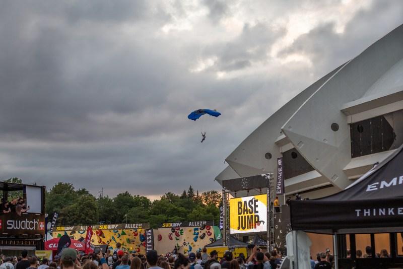 Jackalope Stade Olympique Base Jump