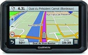 Garmin Dezl 570 LMT – GPS pour Poids Lourds – Écran 5 Pouces – Carte Europe 45 Pays – Cartes et Trafic gratuits à vie – Appel Mains Libres