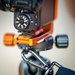Legged Thing Plaque de Changement Rapide Universelle avec Support en L et Interrupteur à câble de Portrait à Paysage (QR11-LC) Orange