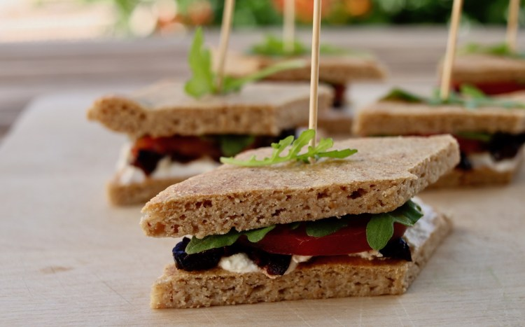 Mini-sandwichs IG bas et pauvres en glucides