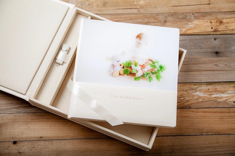 Fotoalbum, Produkt, Fotoprodukt, Babyfotos, Kinderbilder, Familienbilder, ein GoldschatzInvestition in Erinnerung,