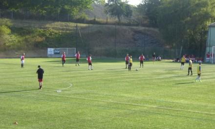 La Centrale de financement remporte le tournoi du soccer meeting 2017 à Avrillé.