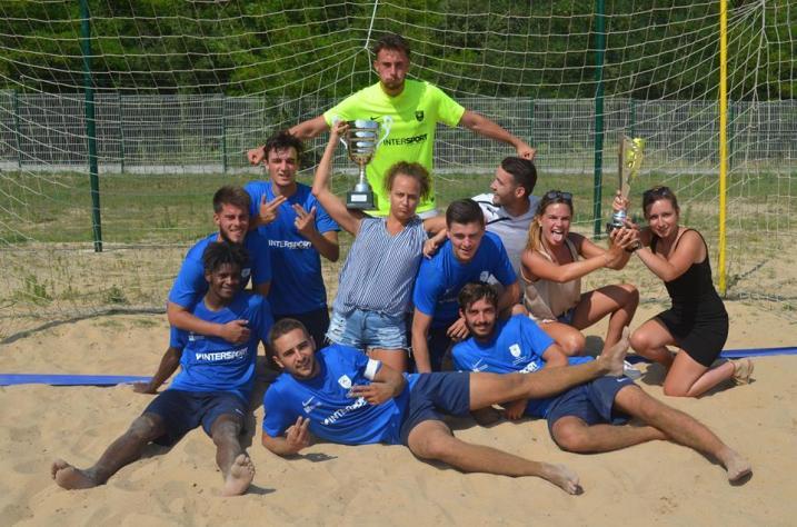 Fontenay Vendée vainqueur du challenge régionale de Beach Soccer.