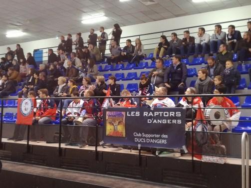 Un grand merci aux supporters angevins qui se sont déplacés à Tours, hier soir.