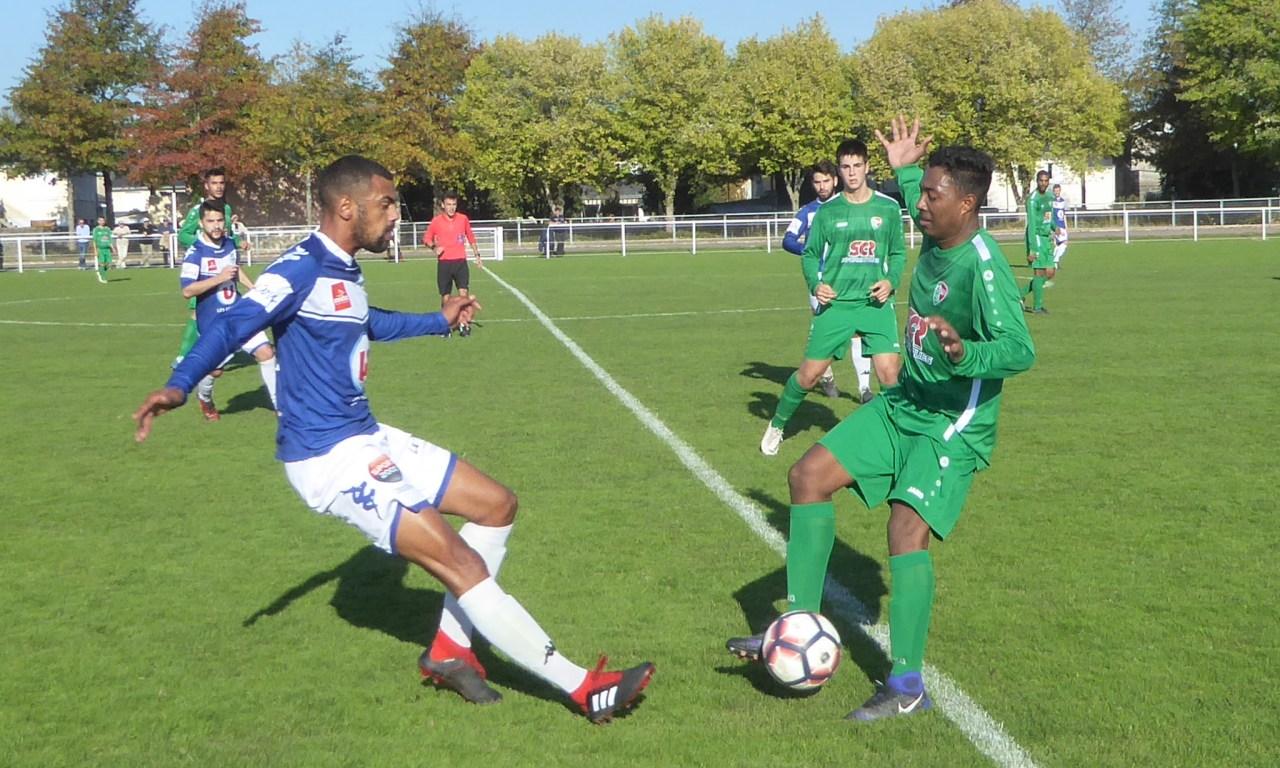 R2 (4e journée) : Angers NDC a bien maîtrisé son match face à l'AL Châteaubriant (3-0).