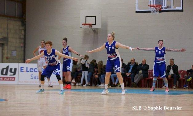 Les joueuses du Saumur Loire Basket 49 renouent avec la victoire face à Anglet (66-59).