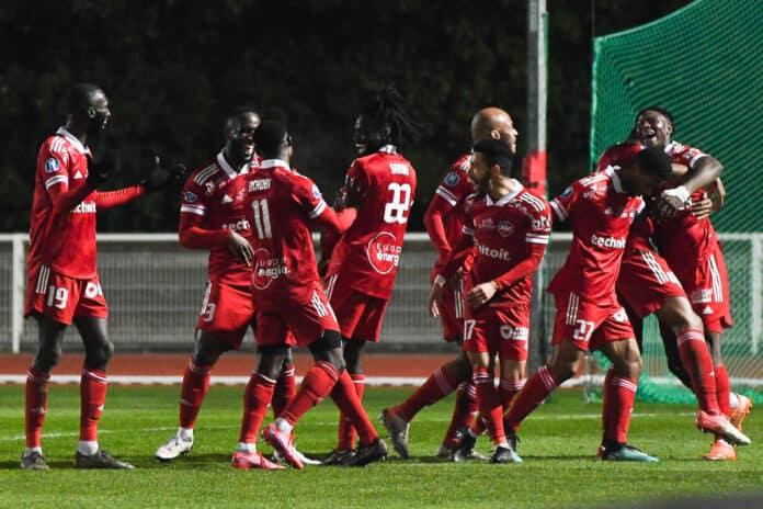 National (J32) : Le SO Cholet fait tomber Boulogne-sur-Mer et se replace au classement (1-2).