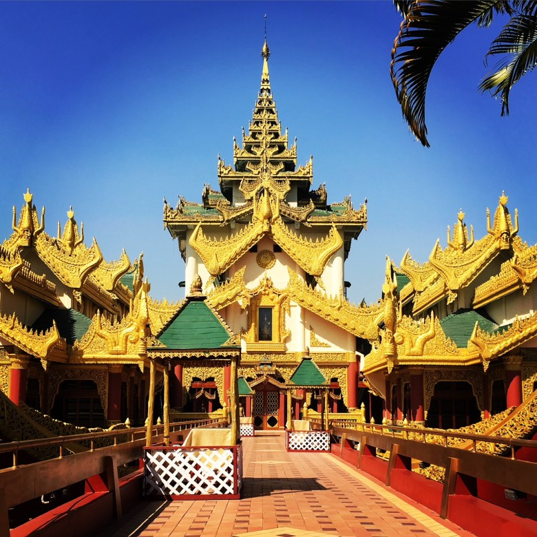 Things to Do in Yangon: Check Out Karawiek Palace and Kandawgyi Lake