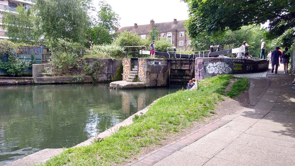 For a very non-touristy thing to do in London, take a walk along one of the many canals.