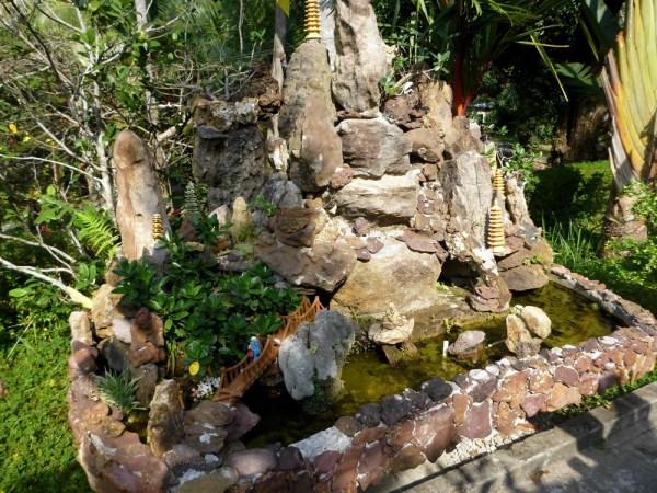 19 Temple Shrine
