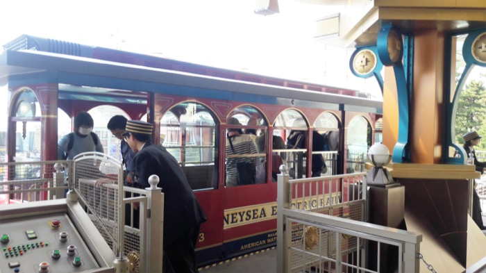 8 DisneySea Electric railroad