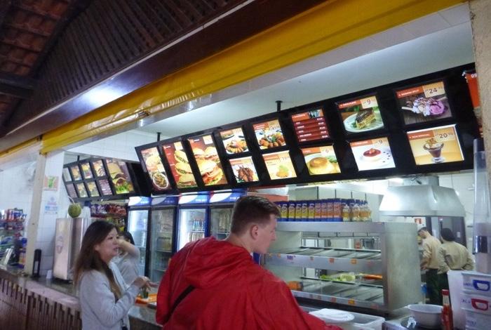 22-brazil-iguazu-falls-fast-food