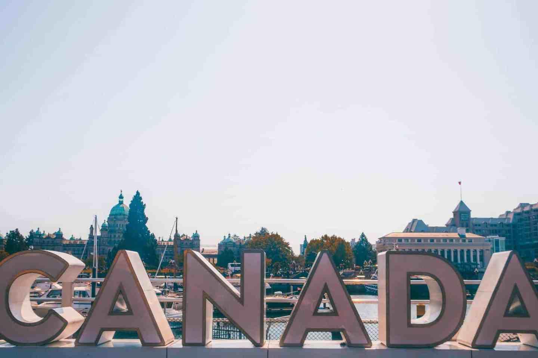 canada sign