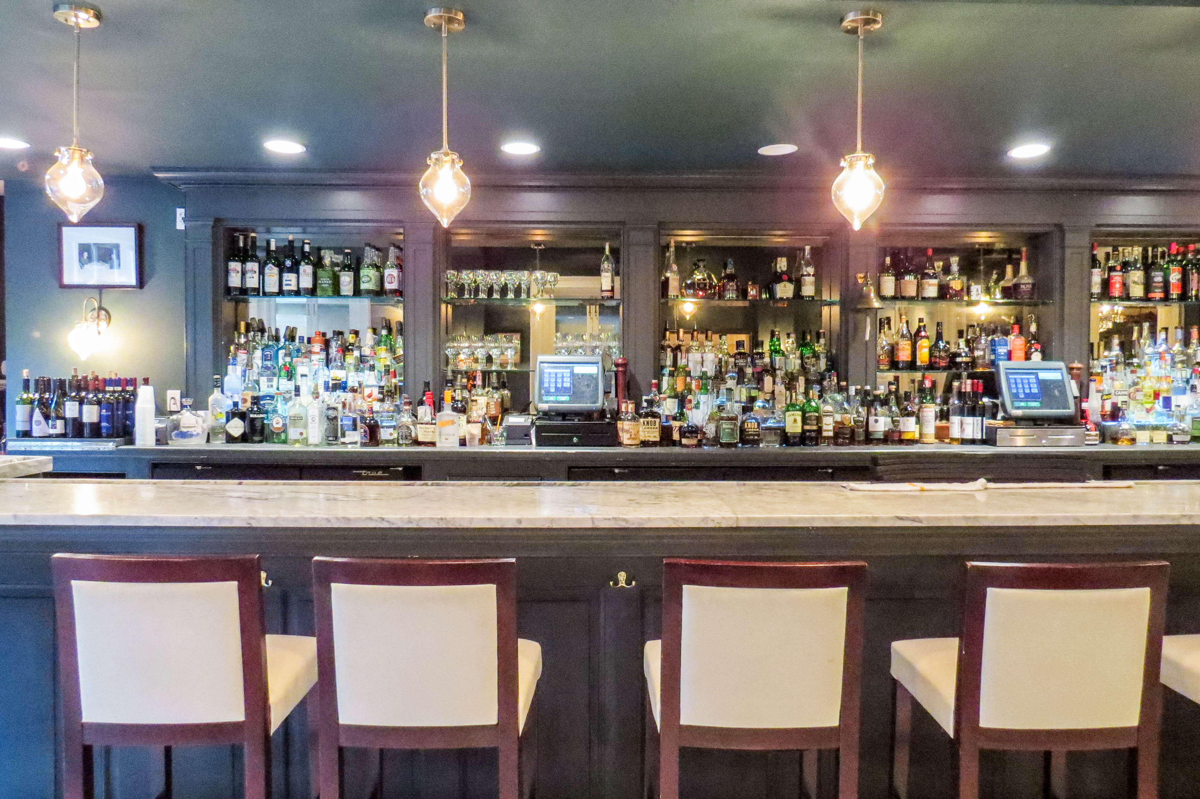 7 Great Happy Hours In New Orleans French Quarter Amp Cbd
