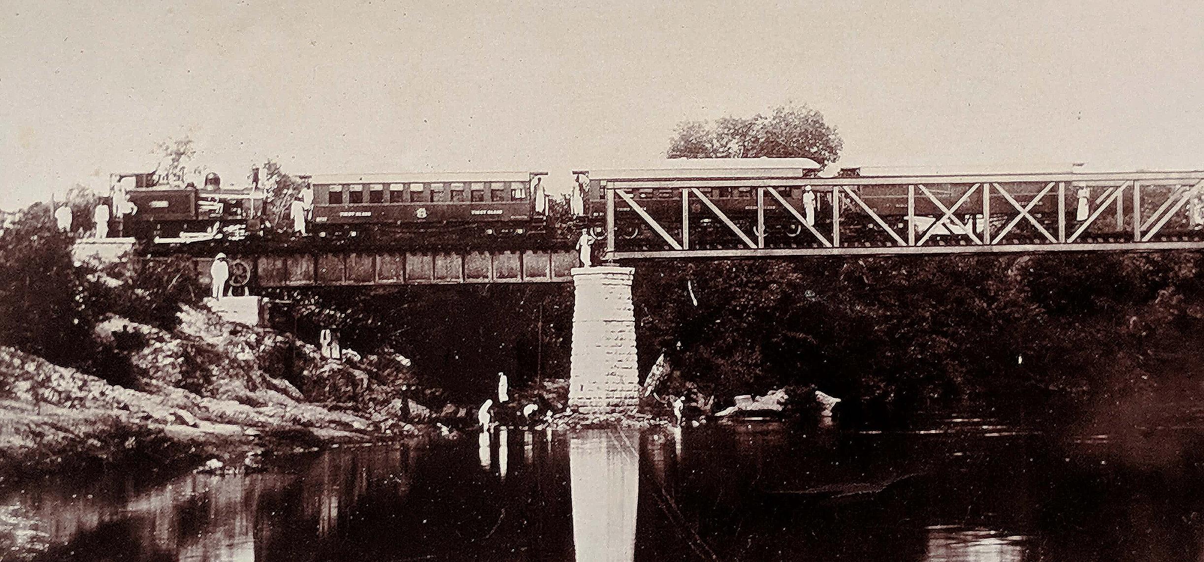 Antique Photo Ooty Steam Loco Train Halt Over Bridge 1909