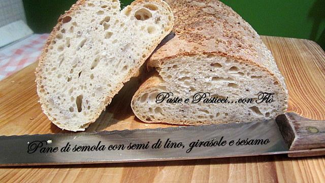 pane misto semola con semi di lino,girasole e sesamo1