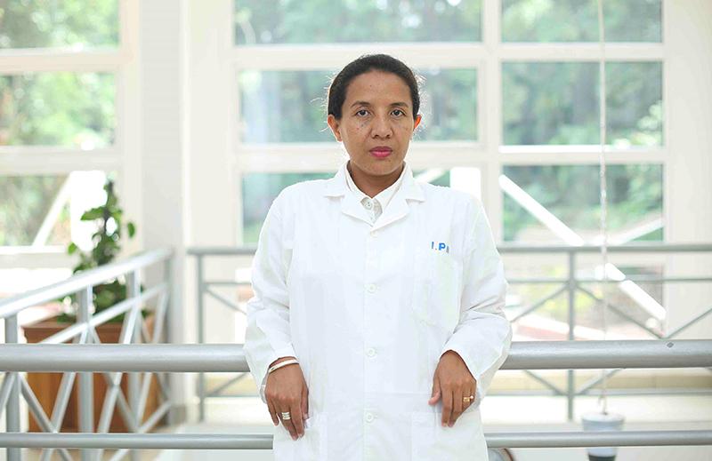 Rindra Randremanana, médecin épidémiologiste, adjointe de l'unité d'épidémiologie et responsable de la thématique nutrition à l'Institut Pasteur de Madagascar