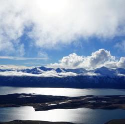 Cerro Cristal desde la cumbre
