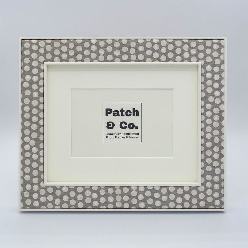 The Maggie in Grey Photo Frame Front on