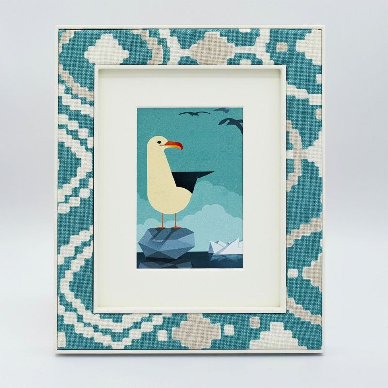 Patch in Green Photo Frame with Seagull Print and Mount