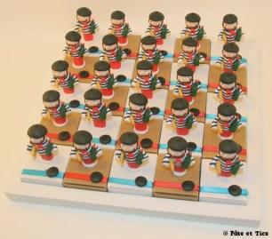Boîtes à dragées caricature français typique