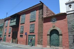 Casa Peraza de Ayala y Capilla de La Santísima Trinidad